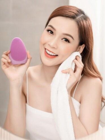 Máy Rửa Mặt Cao Cấp Emmie Premium Facial Cleansing Brush